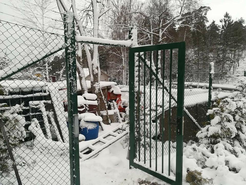 stängsel Ekerö staket